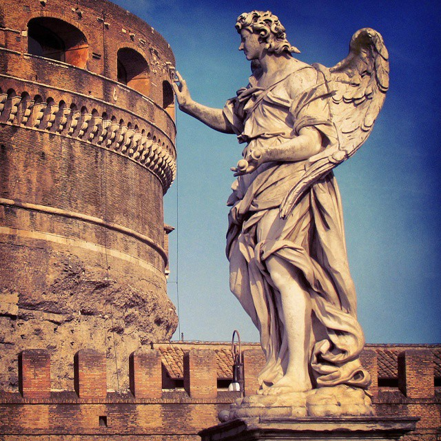 Playing with perspective at the Castel Sant'Angelo in Rome. #europeanencounter…