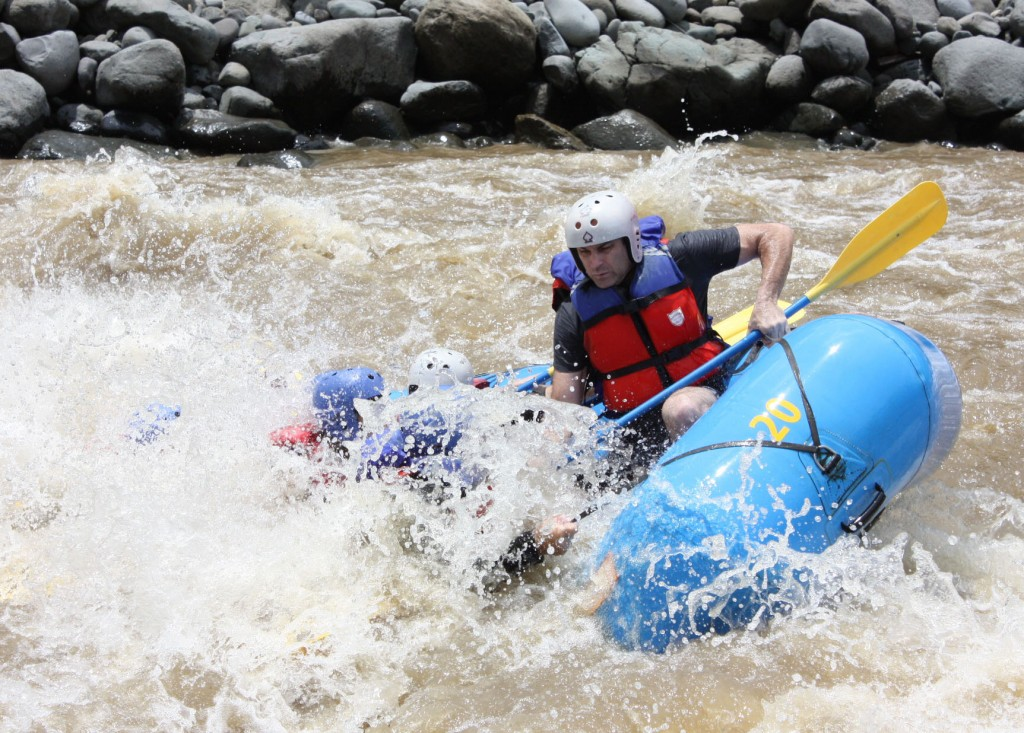 Rafting the Pacuare