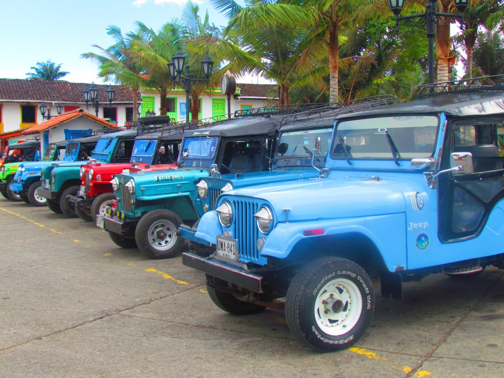 Hiking in the Cocora Valley - jeep willys
