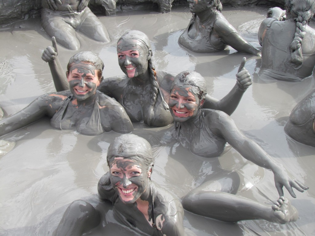 El Totumo Mud Volcano - posing with new friends