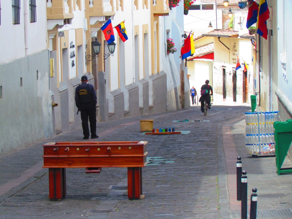 Is Quito Safe? - Street With Games