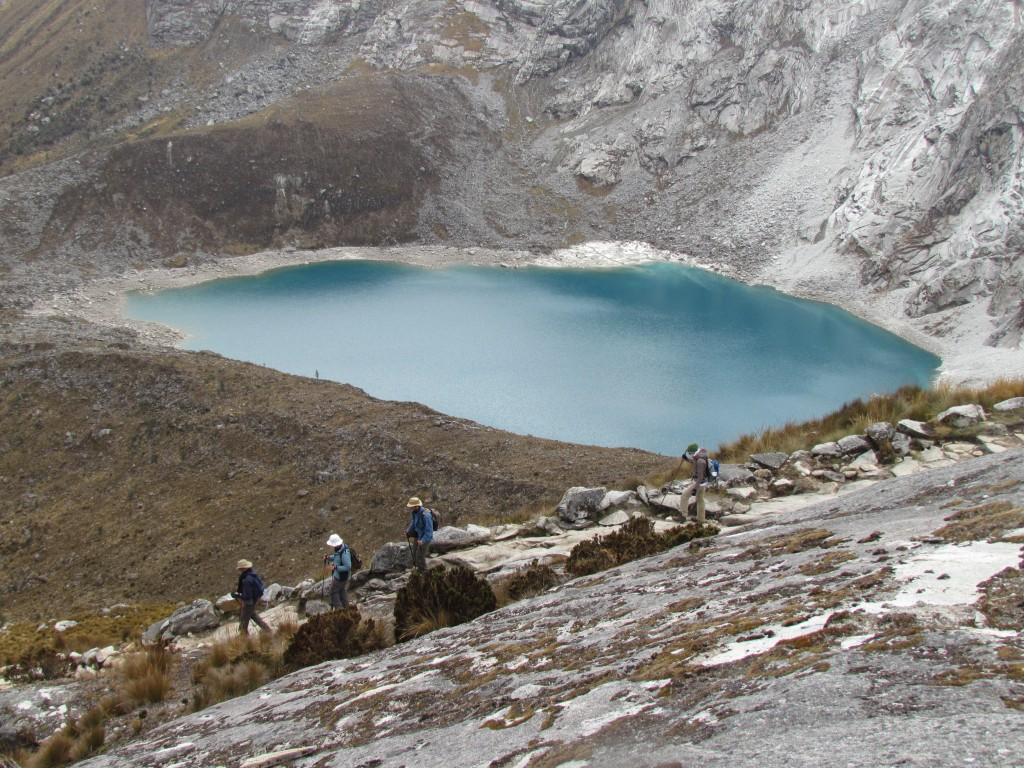 Hiking the Santa Cruz Trek (Huaraz) - another lake