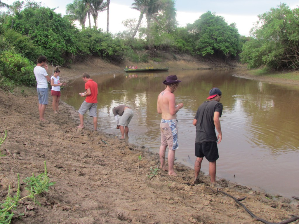 Rurrenebaque pampas tour - fishing for piranhas