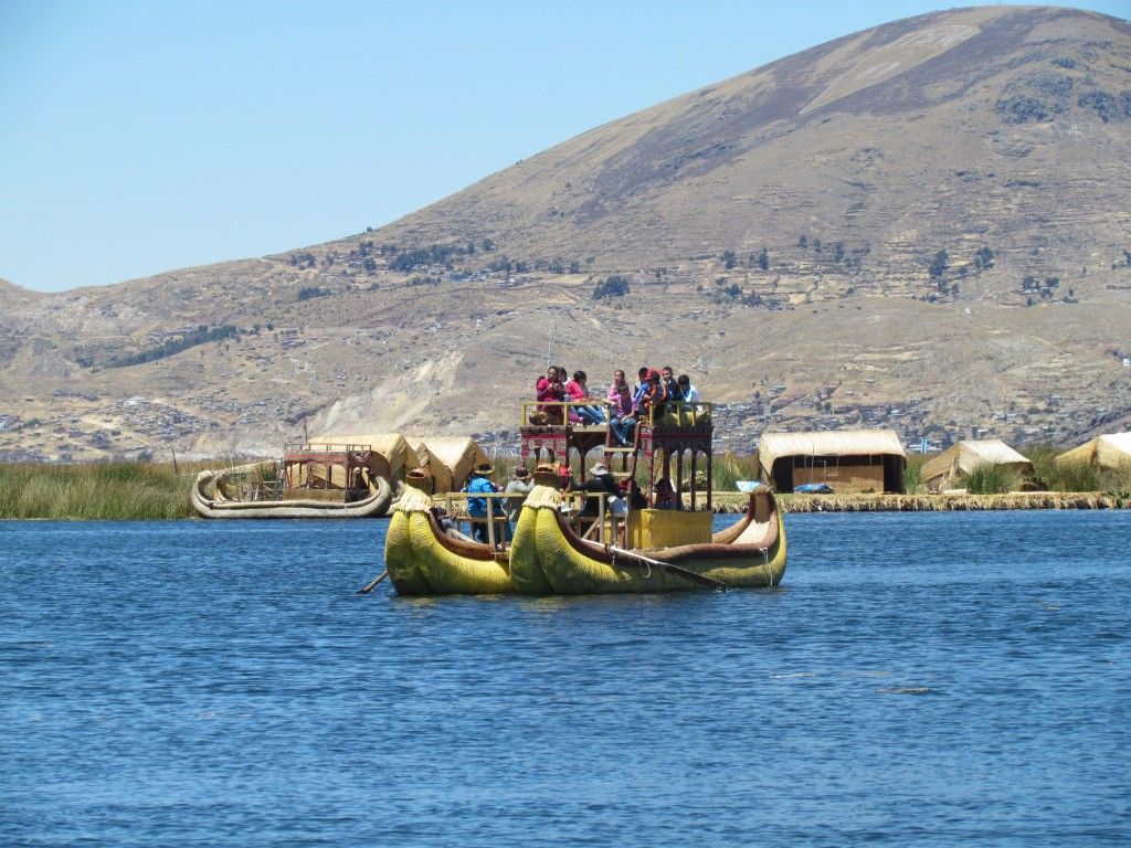Floating Uros Islands - boat trip