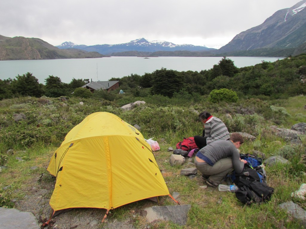 tips on hiking the W trek - camping
