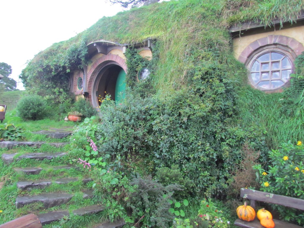 Hobbiton Movie Set Tours - Bag End