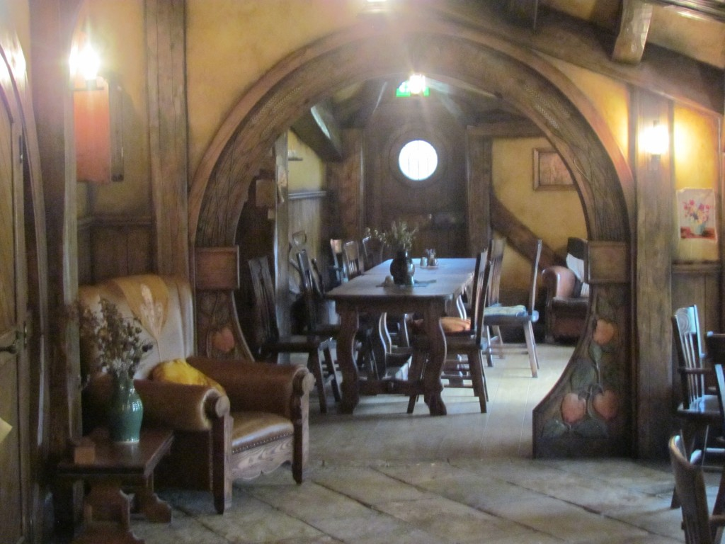 Hobbiton Movie Set Tours - Green Dragon