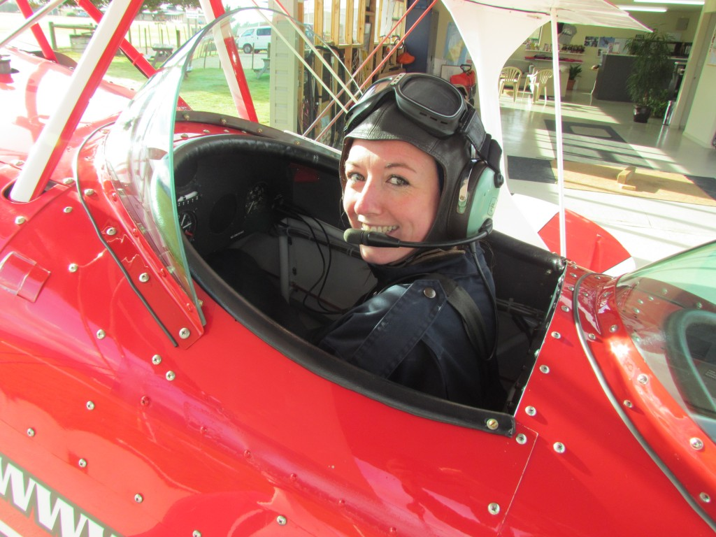 Learn to Fly a stunt plane in Abel Tasman - ready!