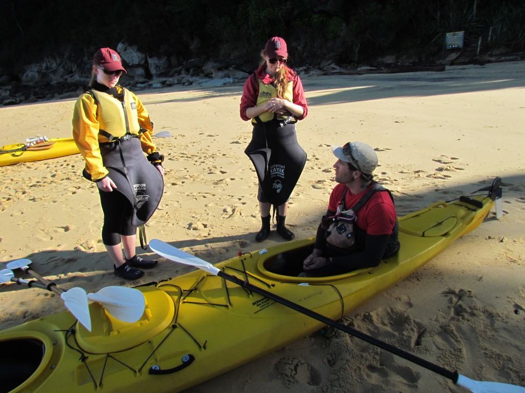 Kayaking in Abel Tasman National Park - paddling lesson