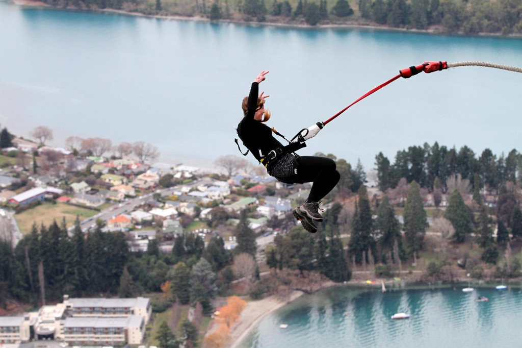 Ledge Bungy - Queenstown views