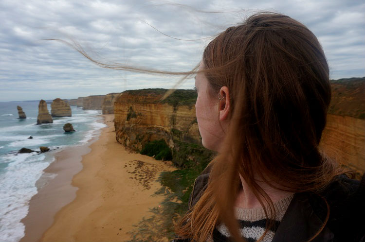 Day Trip to the 12 Apostles from Melbourne - Windy