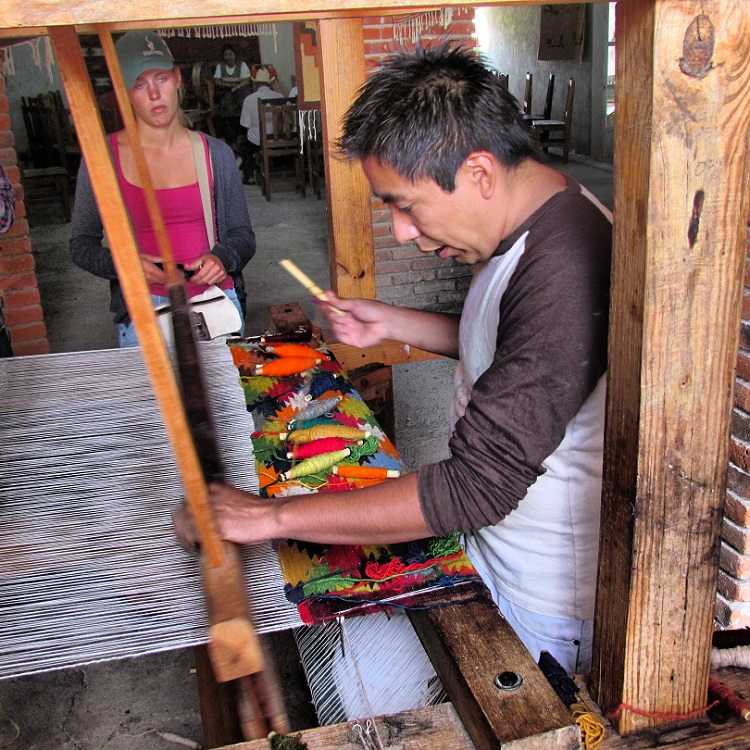 Oaxaca Tours - Capet Making