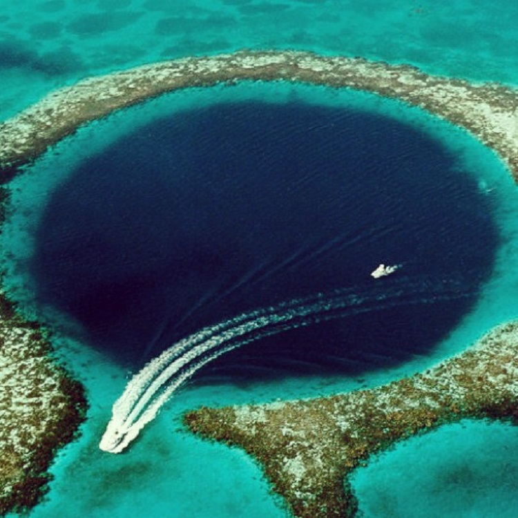 Diving the Great Blue Hole in Belize - From Above