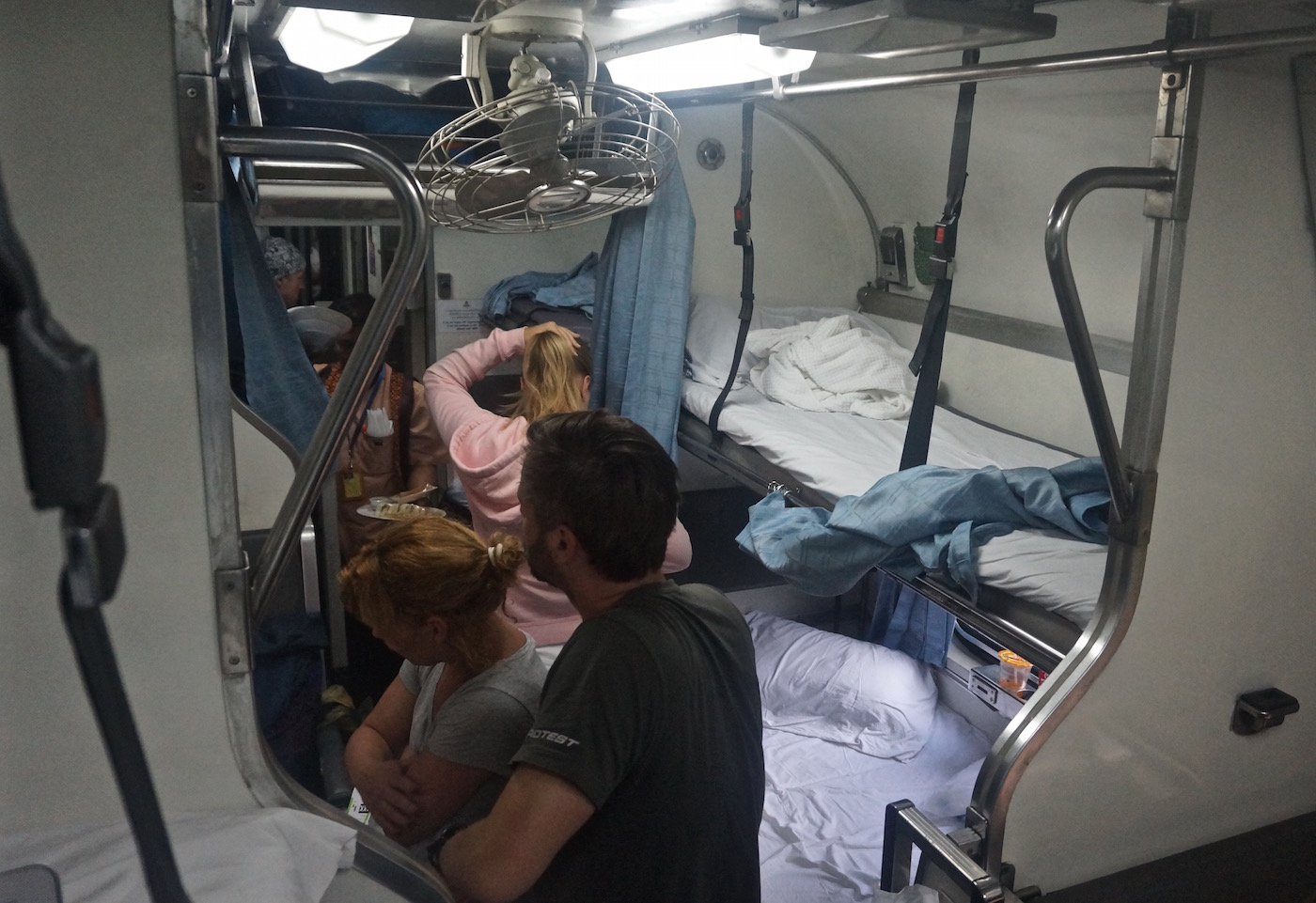 Taking the Train from Bangkok to Chiang Mai - Second Class Beds