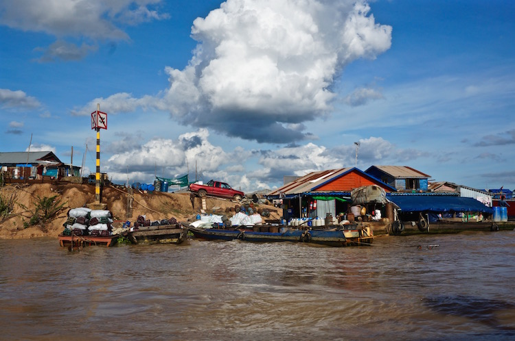 Floating Villages on Tonle Sap Lake - Banks of the Lake