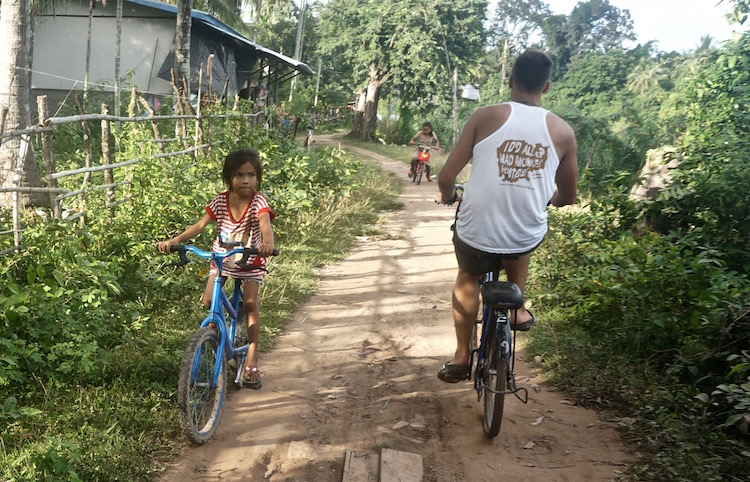 Been There Don Det: A Guide to the 4000 Islands in Laos - Renting a Bike