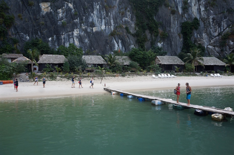 Vietnam Backpacker Hostels - Castaway Island