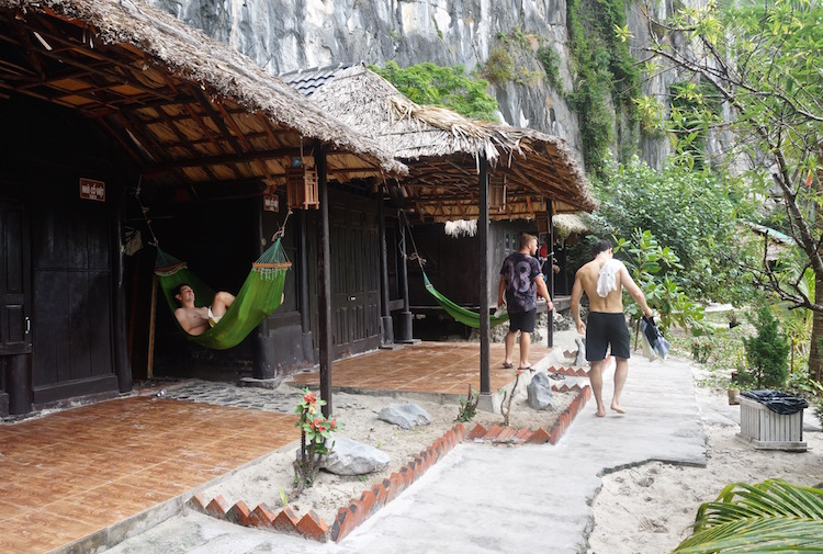 Vietnam Backpacker Hostels - Castaway Island Hammocks