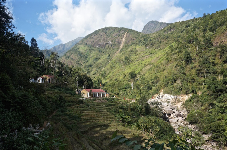 Sapa Trek and Homestay With Vietnam Backpacker Hostels - Homestay Valley