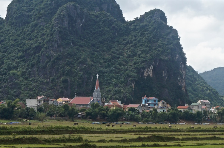 Phong Nha - Setting off on the National Park Tour