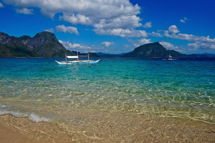 Island Hopping in El Nido - Beach on Tour C