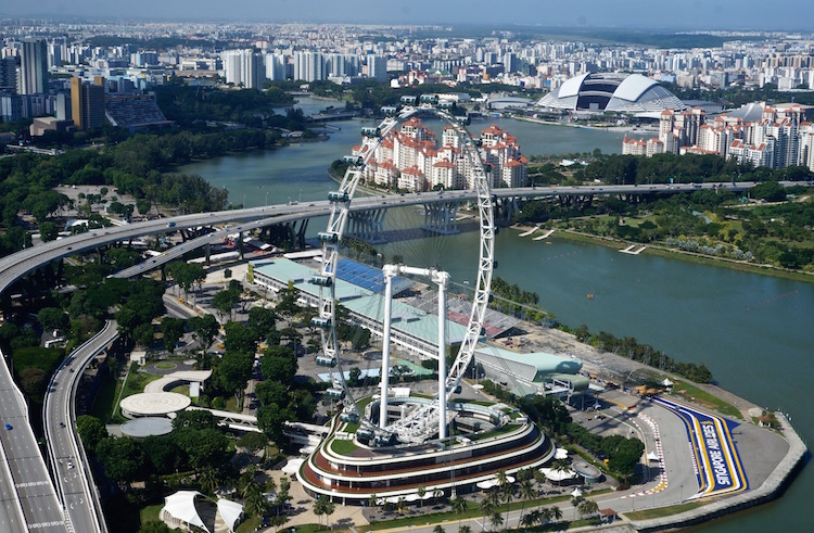 Top Attractions in Singapore - Singapore Flyer