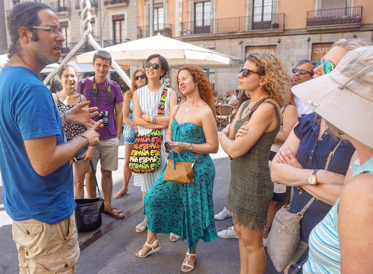Where to Stay in Barcelona - Stoke Kastle - Stoke Travel - Free Walking Tour