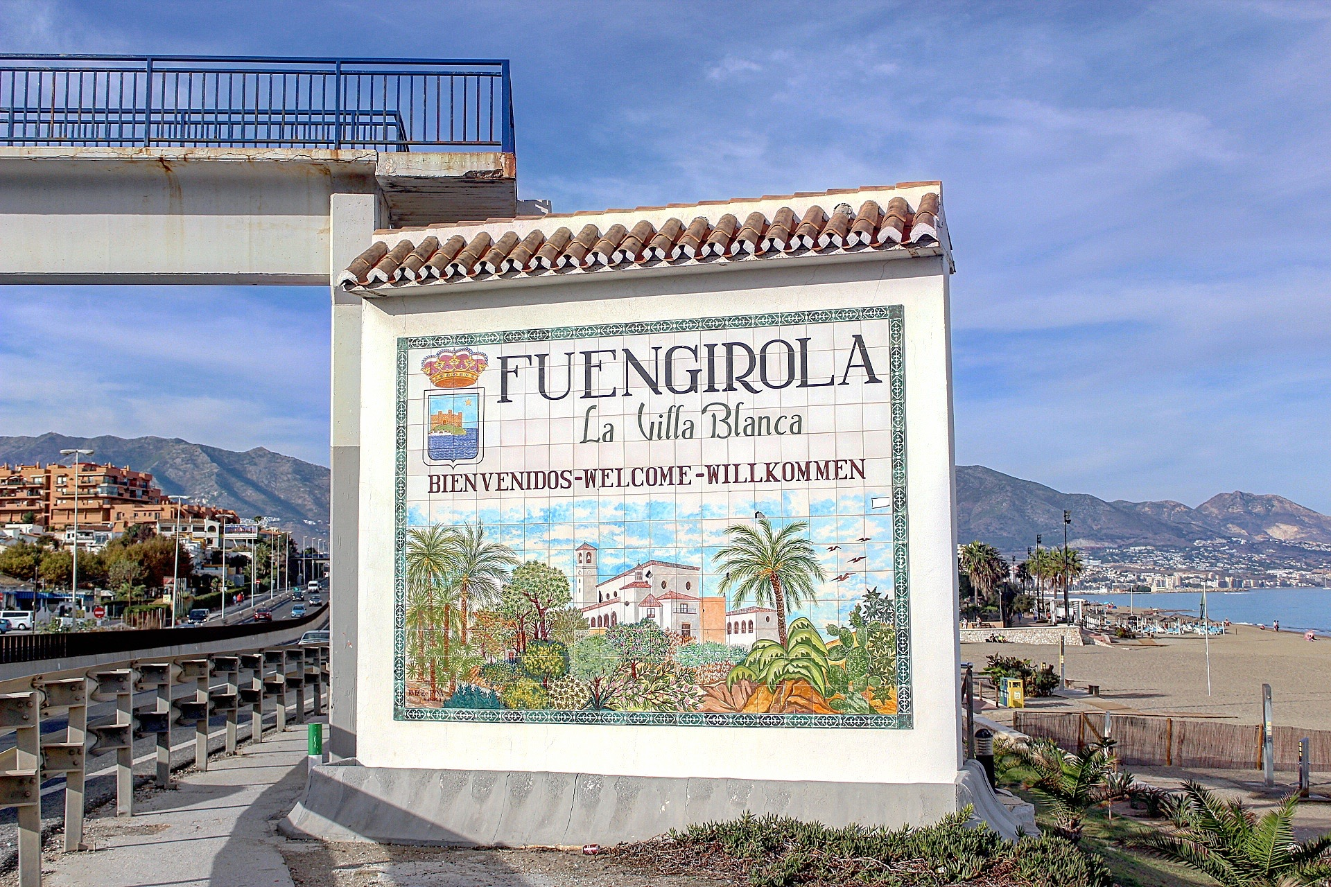 Things to do in Fuengirola - Fuengirola Sign