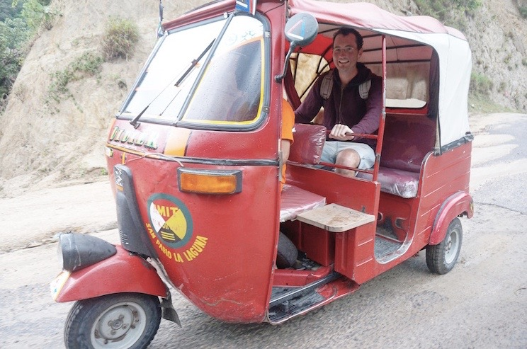 See the World on Wheels - Tuk tuk
